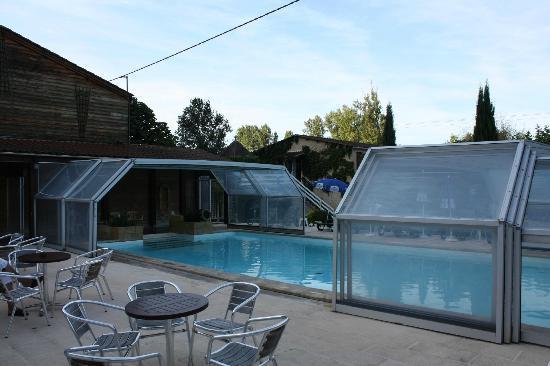 Auberge de la Petite-Reine: piscine