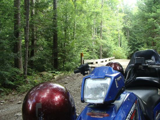 Moose Mountain Inn: ATV Trail at Hotel