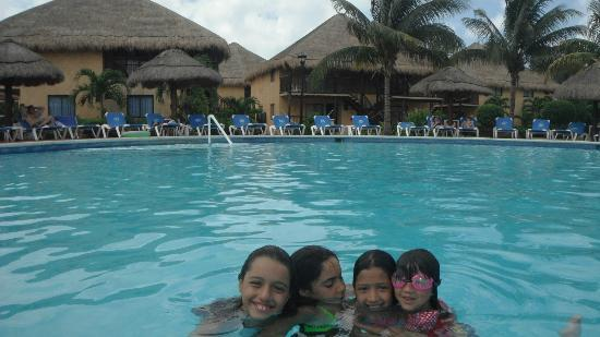 Allegro Cozumel: En la piscina del hotel
