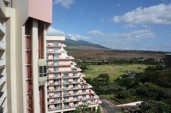Ka'anapali Beach Club: Exterior, view
