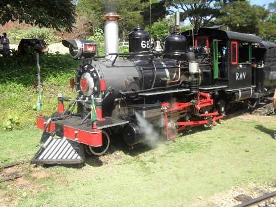 Steam train to Sao Joao del Rei : Maria Fumaça