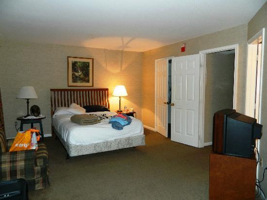 Villas at Tree Tops and Fairway: Master Bedroom Downstairs Fairway #3525