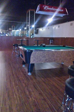 Westgate Inn & Suites: Come play a game of pool!
