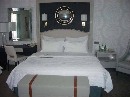 Hotel Bristol, a Luxury Collection Hotel, Warsaw: Upgraded king room