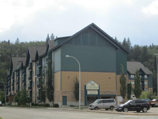 Clearwater Suite Hotel: A view of the Clearwater in Fort McMurray