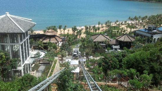 InterContinental Danang Sun Peninsula Resort: View from a Nam Tram
