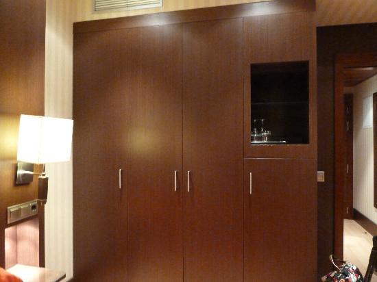 Barcelo Granada Congress: Closets