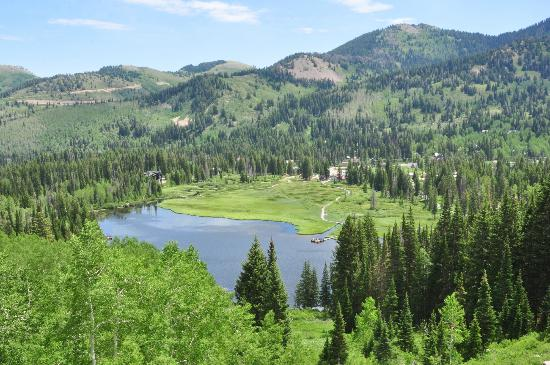 Big Cottonwood Canyon: Looking down at Silver Lake, on trail to Twin Lake