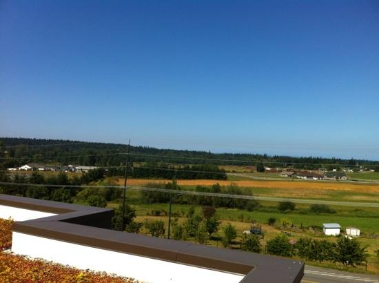 Holiday Inn Express Hotel & Suites North Sequim: view from rooftopterrace