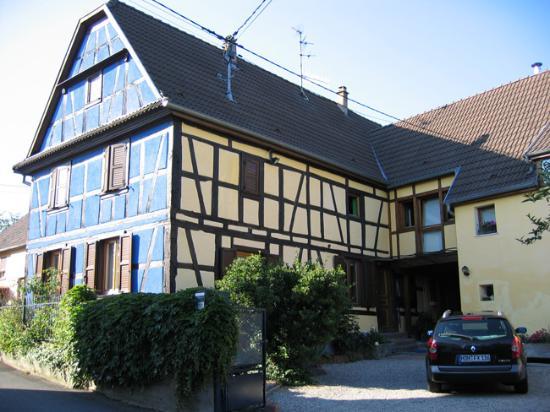 la maison bleue bewertungen fotos kurtzenhouse frankreich. Black Bedroom Furniture Sets. Home Design Ideas