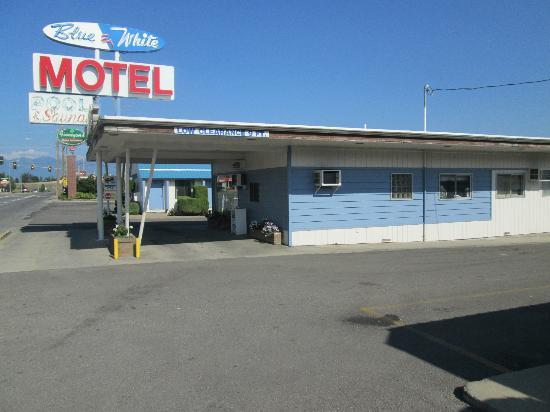 Blue and White Motel: Exterior