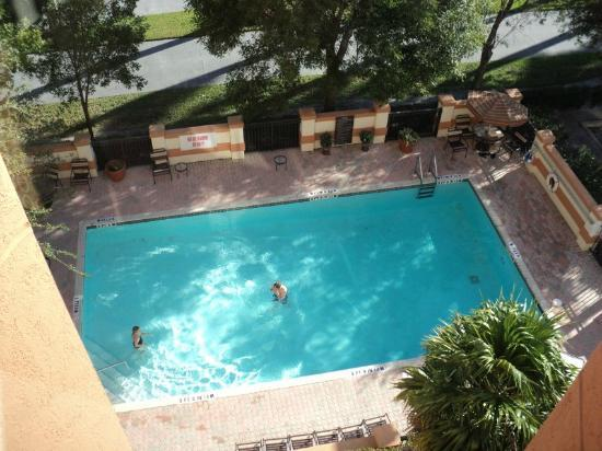 Hyatt Place Fort Lauderdale / Plantation: The pool - warm in winter