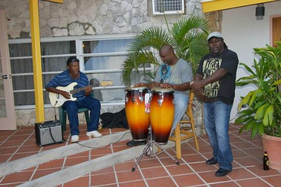 Stella Maris Resort Club: The band