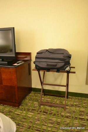 Charleston Marriott Town Center: Loved the improved Valet - Ergonomic height