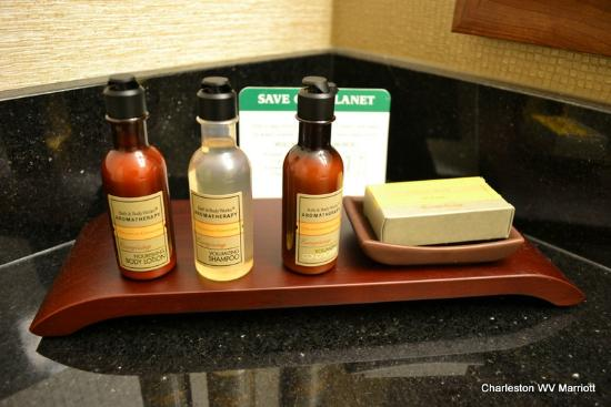 Charleston Marriott Town Center: Bath and Body works items (we miss Aveda products)