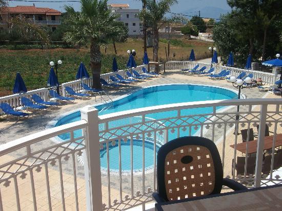 Arkadia Hotel: πισινα