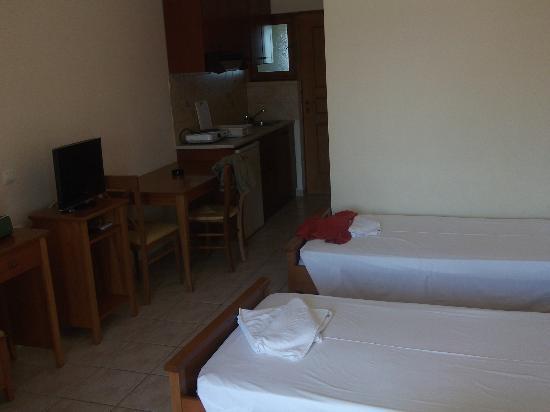 Arkadia Hotel: διχωρο δωματιο