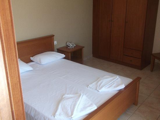 Arkadia Hotel: δωματιο