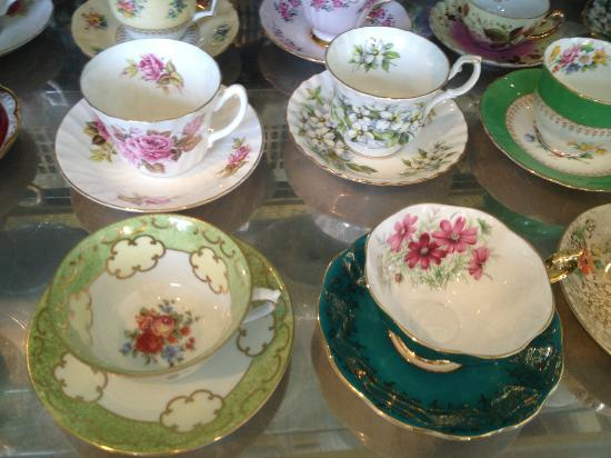 Tofino Tea Bar: fancy teacups to drink from if you like....