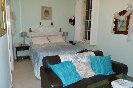 Magdalene House Guest Accommodation: Bella View 1
