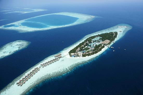 Vilamendhoo Island Resort & Spa: Vilamendhoo Aerial