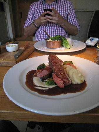 The Cross at Kenilworth: duck breast cooked to perfection - green currey in the background