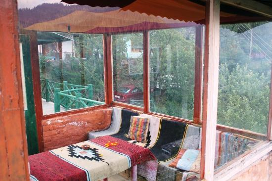 Solace Retreat : Interior - Sun deck