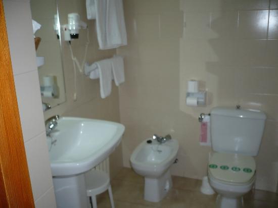 Gran Hotel: Baño Limpio