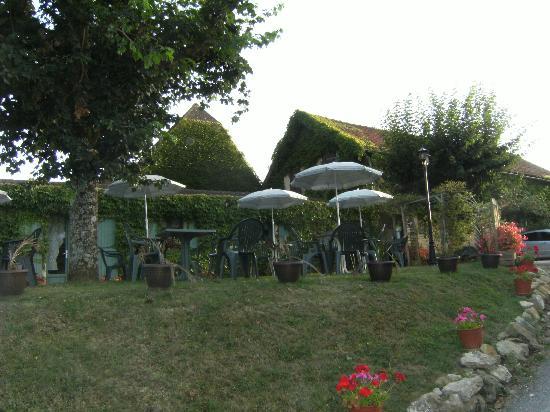 Hôtel Mounéa : terrasse exterieure