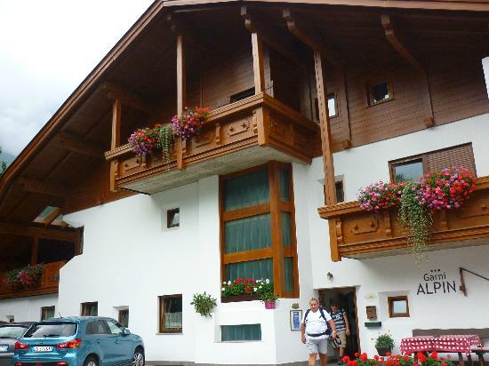 Garni Alpin: Entrata del Garni