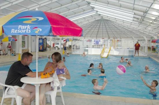 Heacham Beach Holiday Park - Park Resorts: The Swimming Pool