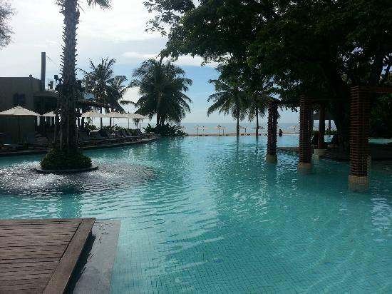 Veranda Resort and Spa Hua Hin Cha Am - MGallery Collection: Another view from main swimming pool