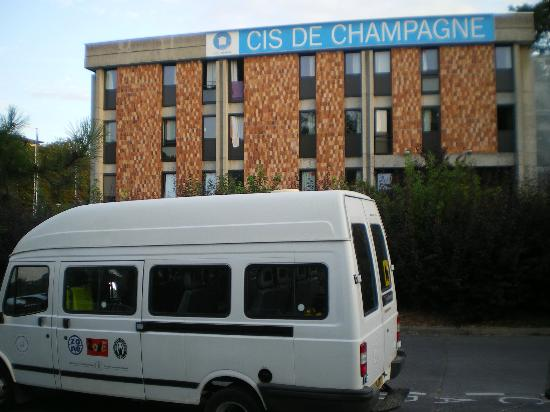 Centre International de Sejour: picture of building and our bus