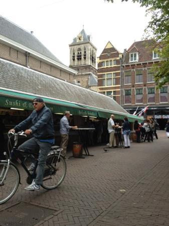 WestCord Hotel Delft: harinkje happen aan oude vishal Delft