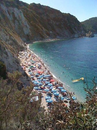 Spiaggia di Sansone : agosto 2012