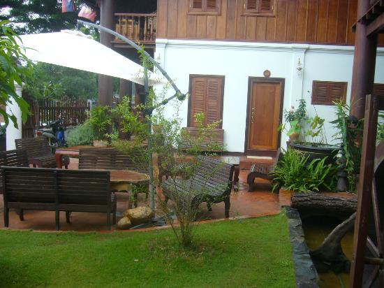 Villa Pumalin: Le jardin pour prendre le petit déjeuner
