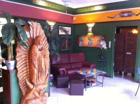 La Esquina : Our bar - indoor lounge area