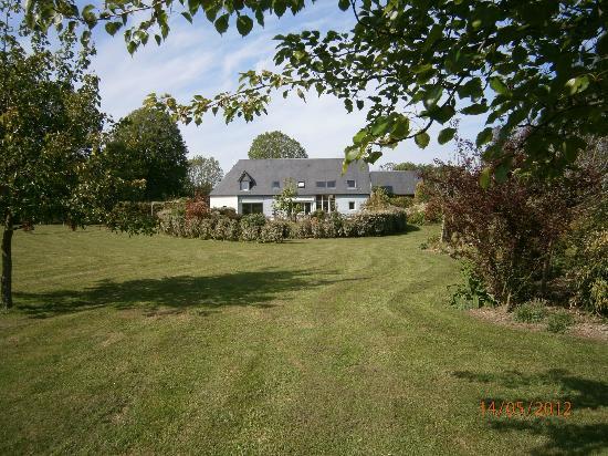 La Maison de Lavande: view over south garden to house