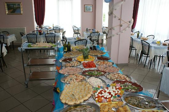 Hotel Letizia: Buffet di Ferragosto