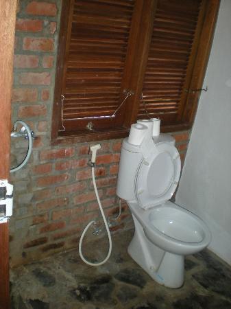 Villa Surya Abadi: toilette
