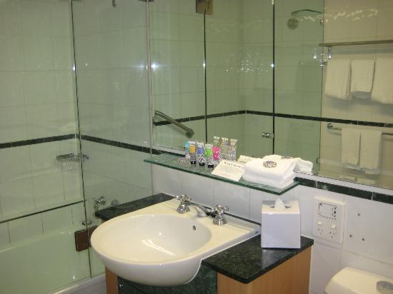 Watermark Hotel Spa Gold Coast Bathroom
