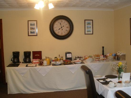 Avalon Guest House: full on breakfast!