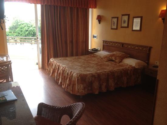 Hotel Olé Tropical: our room
