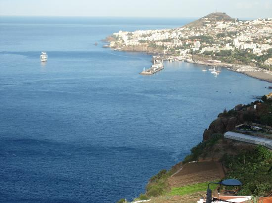 Ocean Gardens: A view towards Funchal in daylight - time to go and explore