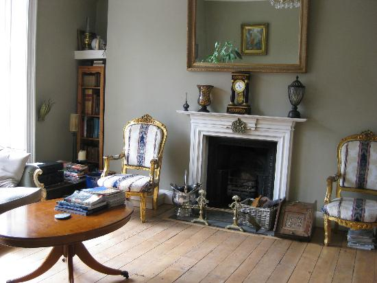 Bathwick Street B & B: Georgian sitting room for guests' use