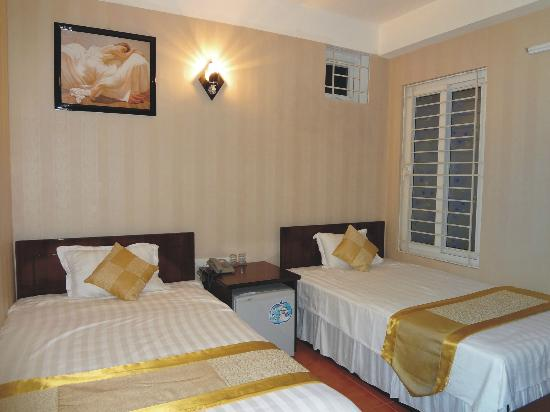 Apec Hotel 2: Twins room