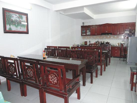 Apec Hotel 2: Dining room