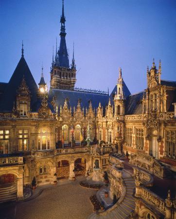 Benedectine Palace (Palais de la Benedictine)