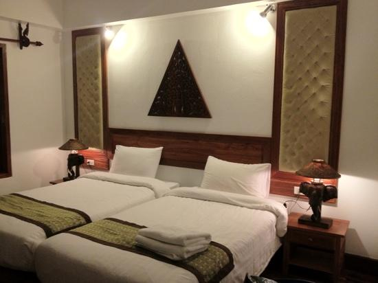 Chanthapanya Hotel : superior