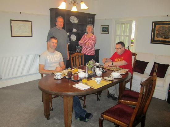 Plas Efenechtyd Cottage B&B: Breakfast